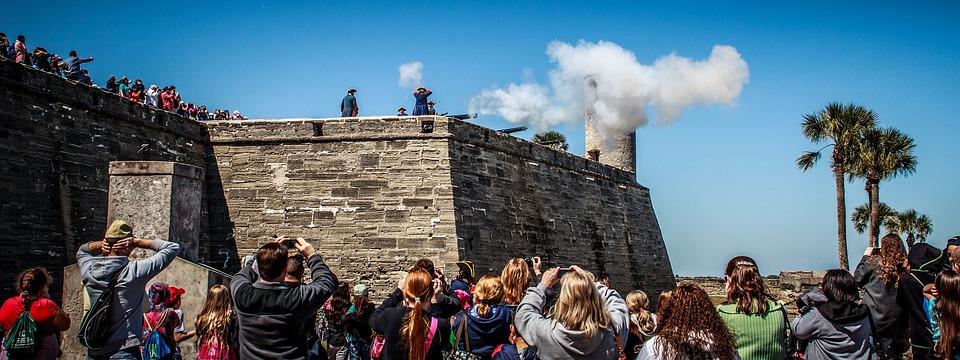 a photo of tourists